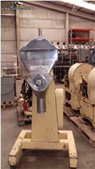 Stokes vacuum granulator.